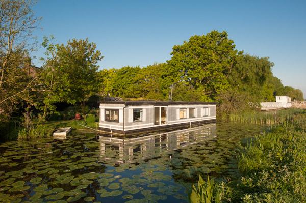 Houseboat Sales Rental